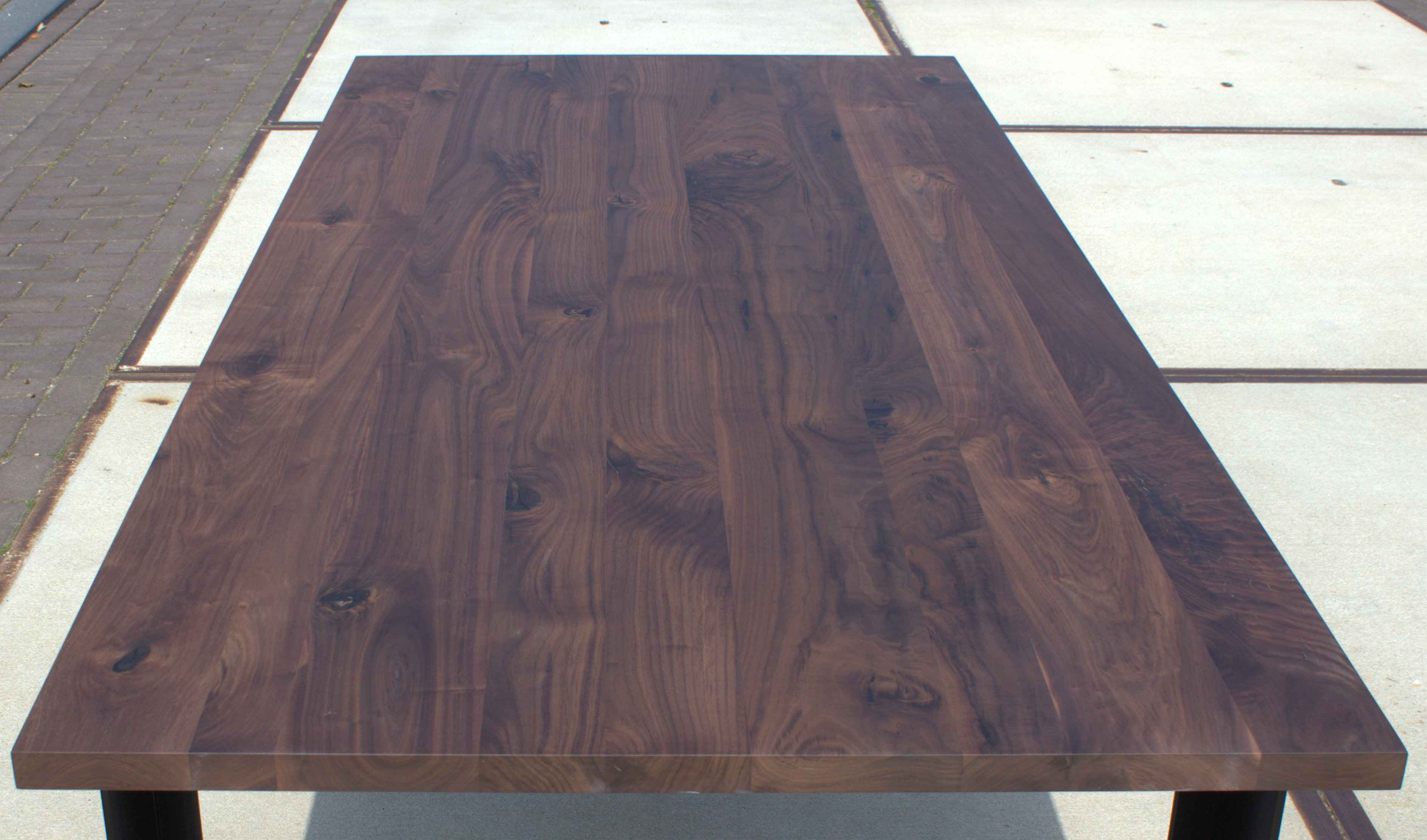 Attractive Smooth Walnut Table Top 30mm